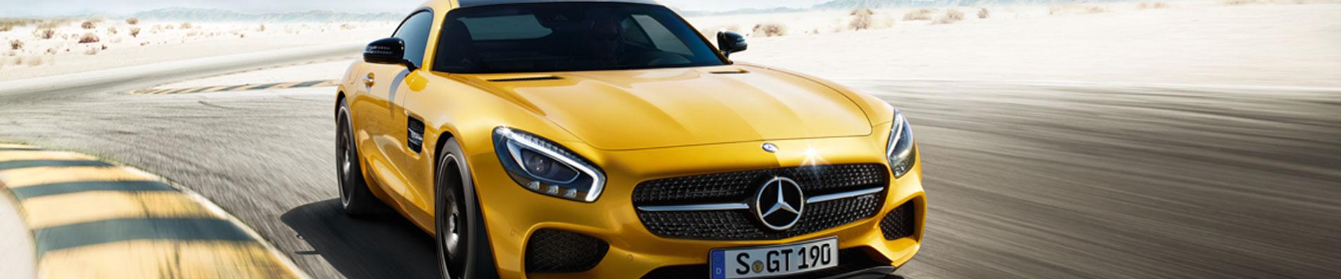 Mercedes-Benz GT AMG in gelb