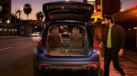 Der Mercedes-Benz GLE mit geöffnetem Kofferraum