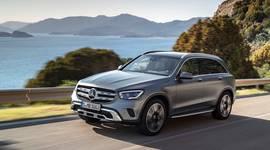 Mercedes-Benz GLC SUV in voller Fahrt