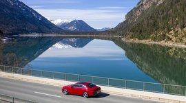Mercedes Benz CLA Coupe - in Fahrt