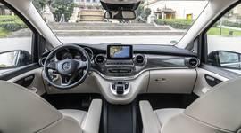 Cockpit der Mercedes-Benz V-Klasse